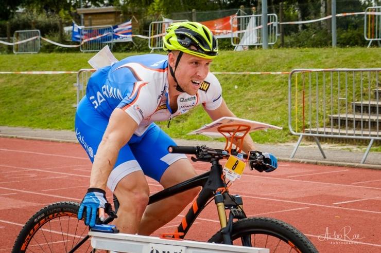 Kopteripiloot asub võistlustulle maailmameistrivõistlustel rattaorienteerumises