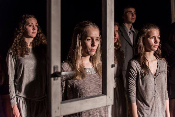 Teater otsib osatäitjaid noortelavastusse