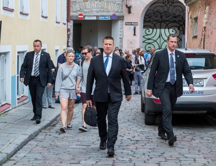 Ratas esineb USA-s Lääneranniku Eesti päevade avamisel