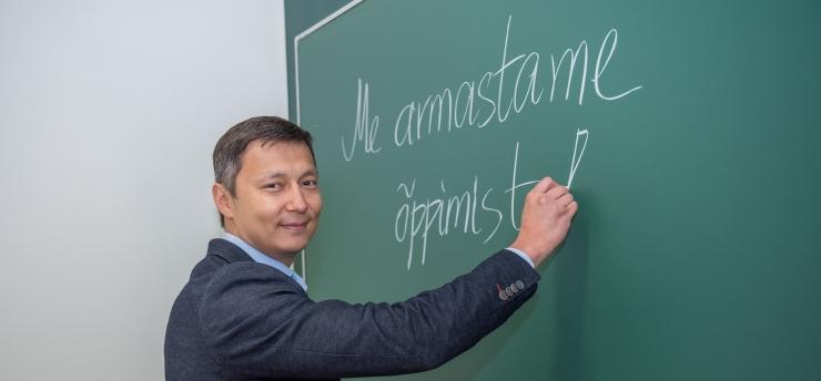 Mihhail Kõlvart: lapsed armastavad õpetajaid, kes armastavad oma tööd!