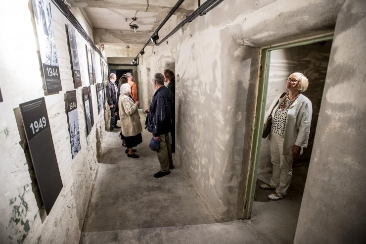 KGB vangikonge on esimese kuu jooksul külastanud enam kui 10 000 inimest