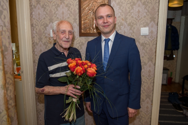 FOTOD! Kuulsa magusatootja laps tähistas 103. sünnipäeva
