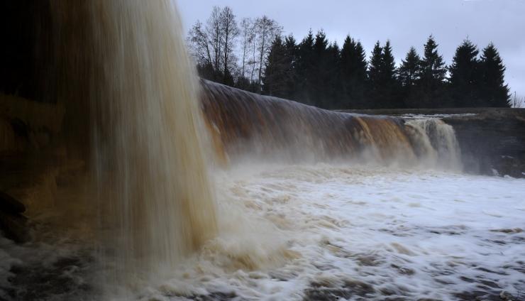 Keskkonnaministeerium: Jägala jõel elektritootmist jätkata ei saa