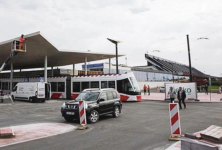 Lennujaama ja Kopli trammiteed nüüd avatud