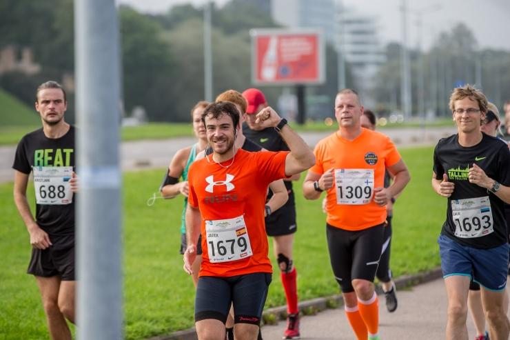 Ühissõidukite liiklus SEB Tallinna maratoni ajal