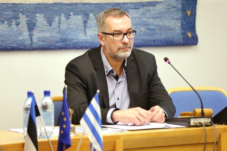 Erakonnad ja valimisliidud esitasid kandidaadid jaoskonnakomisjonidesse