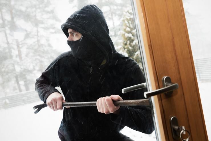 Kuidas kaitsta oma suvekodu murdvarguste eest?