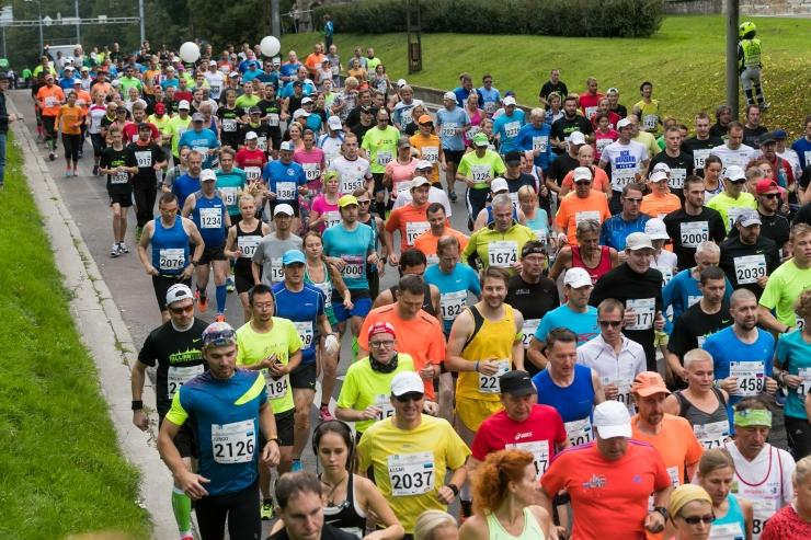 SEB Tallinna Maratoni korraldajad vabandavad tekkinud liiklushäirete pärast