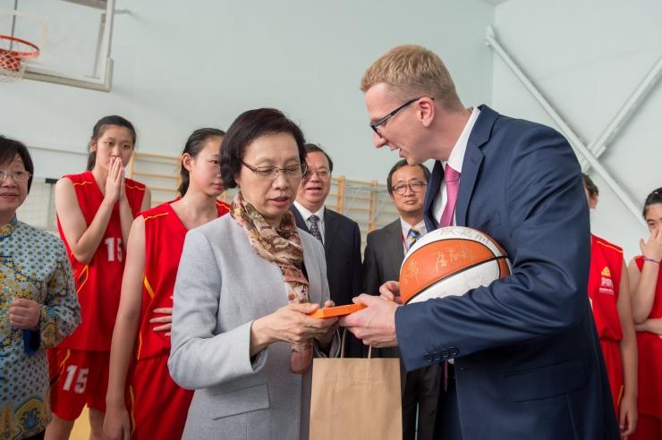 """GALERII! Shanghai parlamendi juht: """"Tallinn on omapärane segu iidsusest ja uudsusest."""""""