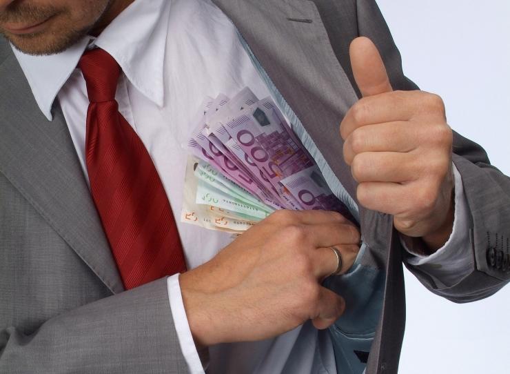 ÕIGUSKANTSLER KORRUPTSIOONIST: võib juhtuda, et süüteoga saadud varaline kasu on suurem kui mõistetud rahaline karistus