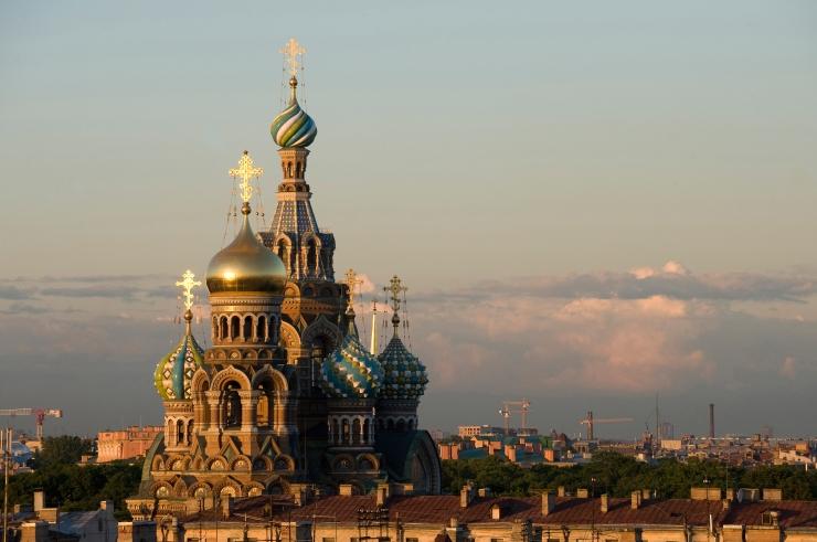 OTSEÜLEKANDED TÄNA: Maailmarändurite seiklused ja lummav Peterburi artistide kontsert