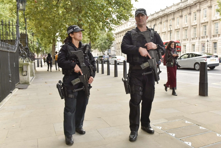 Briti politsei vahistas Londoni metroorünnaku kuuenda kahtlusaluse