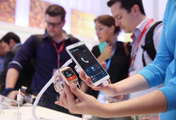 Mobiilimüügi buum: eestlased kulutasid telefonidele pea 10 miljonit eurot