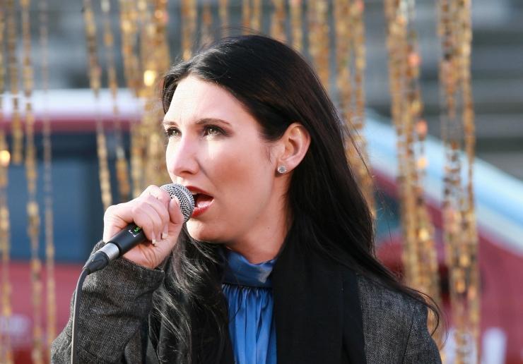 VIDEO: Janika Sillamaa laulis lahti Eesti II omavalitsuspäeva