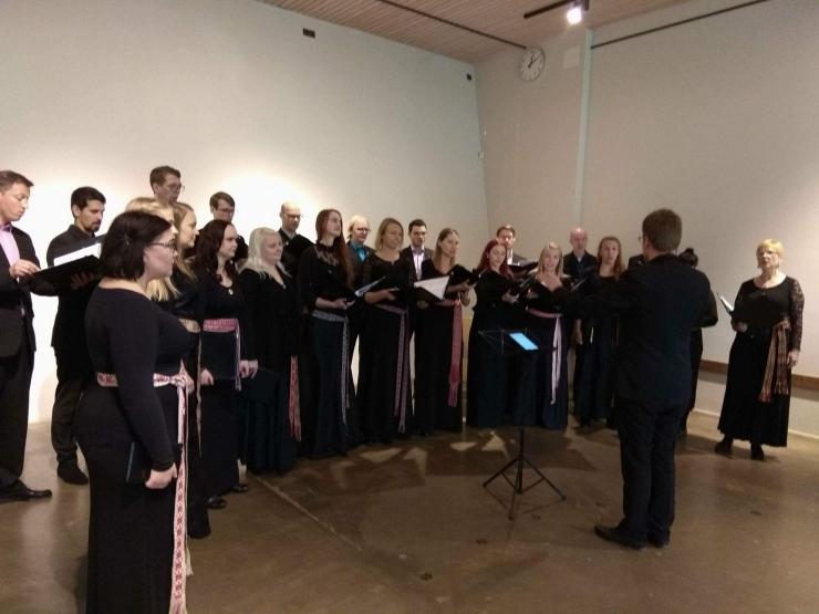 VIDEO! Kammerkoor Collegium Musicale musitseeris loomaaia keskkonnahariduskeskuses