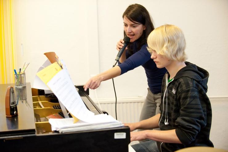 Uus huvikool õpetab laulmist