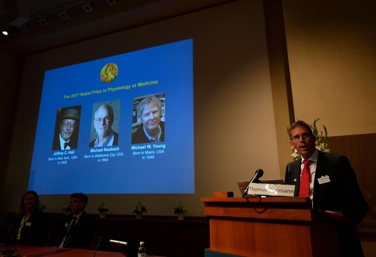 Nobeli meditsiinipreemia läks kolmele USA teadlasele