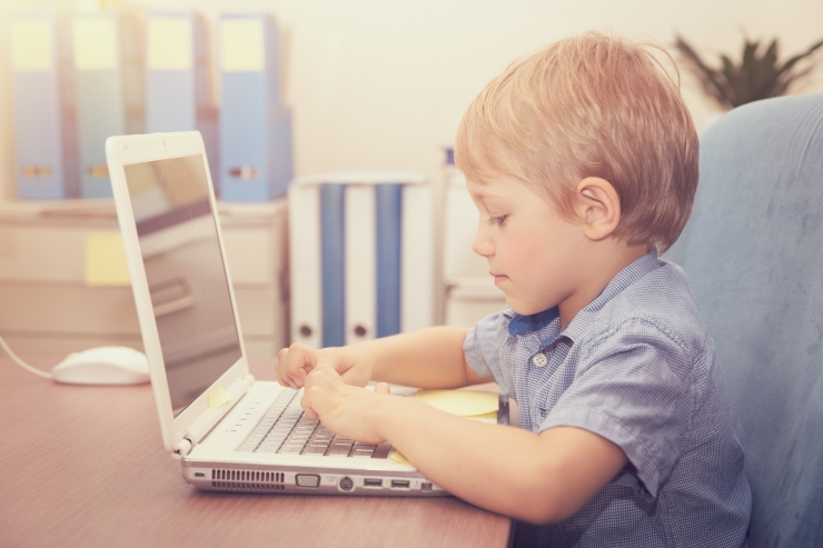 UURING: Lapsed kasutavad internetti videote vaatamiseks