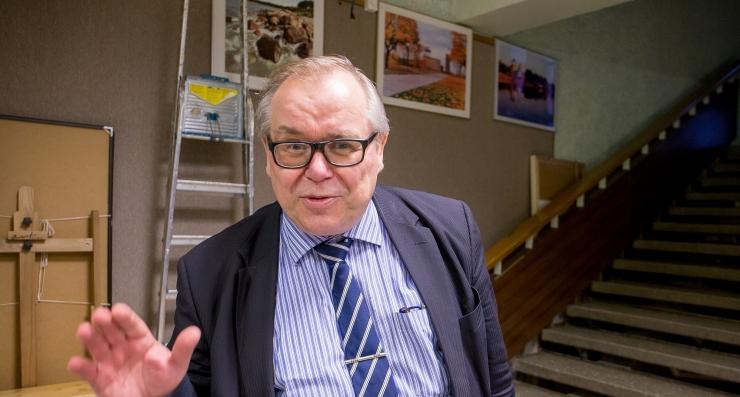 Aadu Must: Eesti teaduspoliitikas käib teki enda poole rebimine