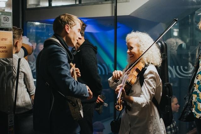 Pärimusmuusika Lõikuspeol esinevad uued tulijaid ja jagatakse Eesti pärimusmuusika auhindu Etnokulp 2017