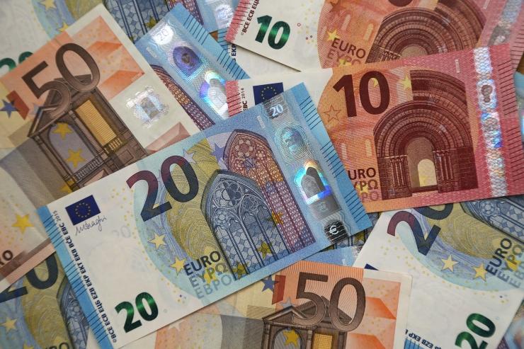 Diplomaat: Eesti rikka riigina peabki vaesemaid abistama