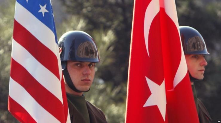 Türgi vastas USA-le omapoolsete viisapiirangutega