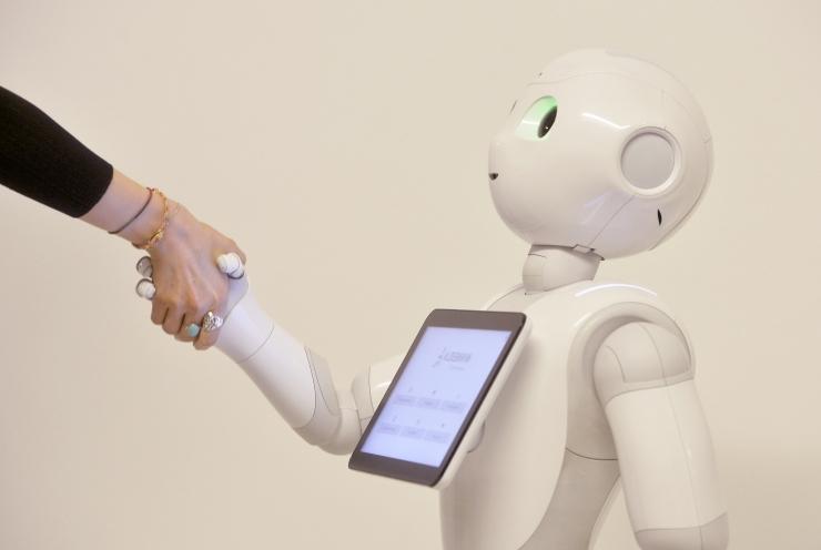 TÜ doktorant õpetas roboti emotsioone väljendama