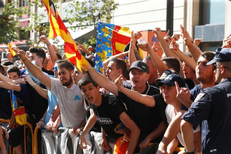 Saadik: Kataloonia vasakrahvuslased nõuavad iseseisvusdeklaratsiooni