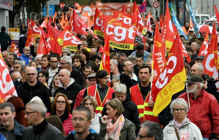 FOTOD! Prantsuse avalik sektor alustas streiki