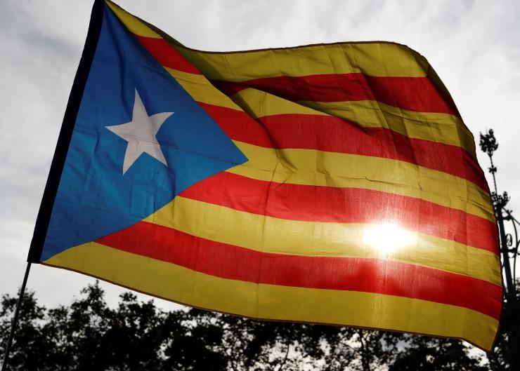 Macron usub Kataloonia kriisi rahumeelsesse lahenemisse