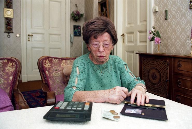 Pensionäride eest sotsiaalmaksu maksmise eelnõu läbis esmalugemise