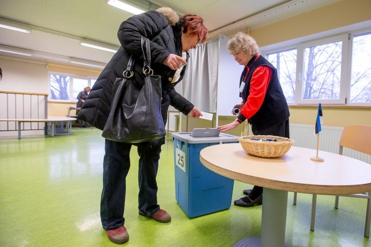 Keskpäevaks oli Tallinnas hääletanud 35,2% valijaist
