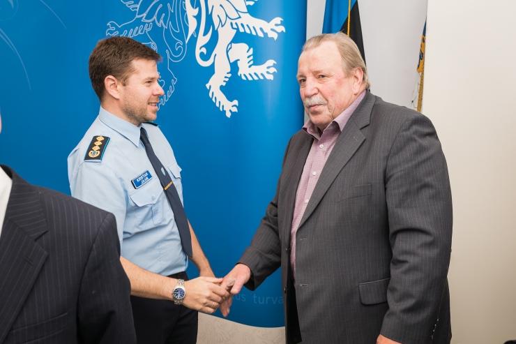 FOTOD! Politsei tunnustas viisakaid ja eeskujulikke bussijuhte