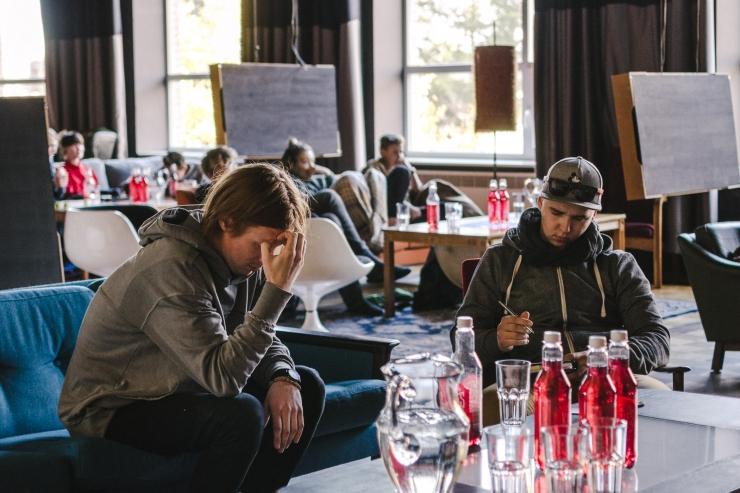 FOTOD! Eesti Muusikaeliit jagas Noortebändi finalistidele teadmisi