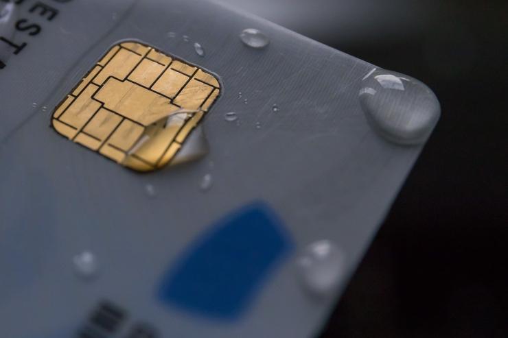 Tänasest on võimalik uuendada turvaohuga ID-kaarte