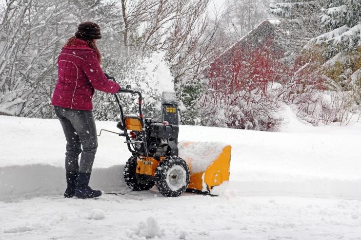 Hommikuks kattis maad 7 cm paksune lumevaip