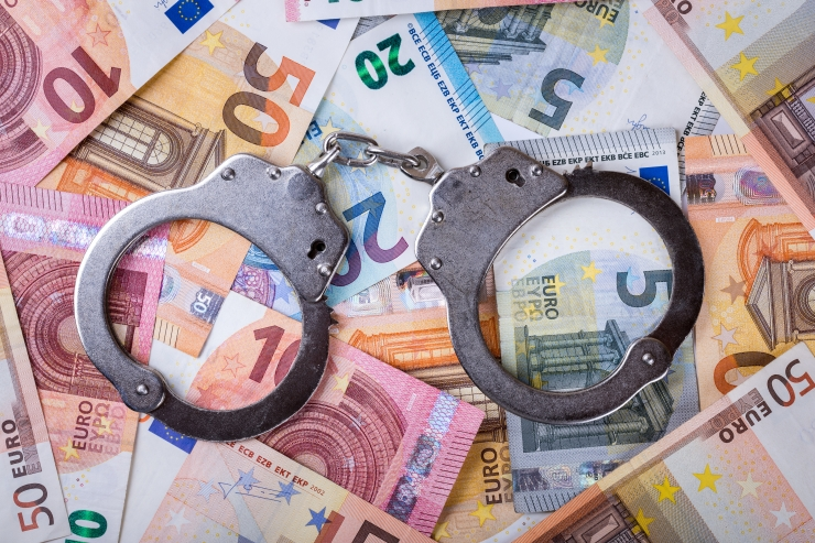 Panama paberite skandaal tõi Eestisse rahapesu ja terrorismi tõkestamise seaduse