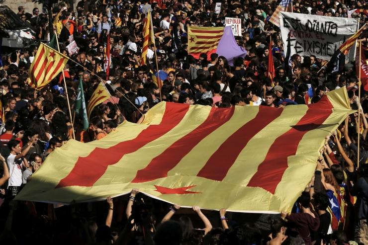 Kataloonia president ei kuuluta välja regionaalvalimisi