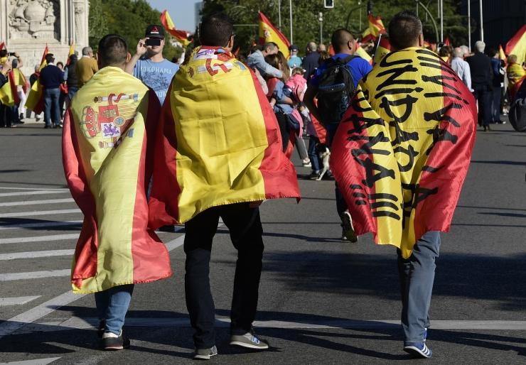 Hispaania võttis Kataloonias võimu üle