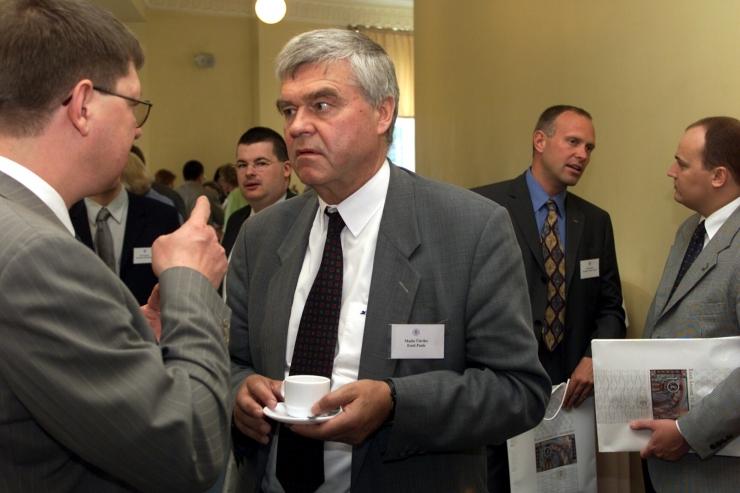 Postimees: endine minister Rootsi pedofiiliaskandaalis