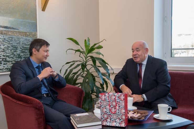 Mihhail Kõlvart arutas Venemaa presidendi eriesindajaga kultuurikoostöö võimalusi