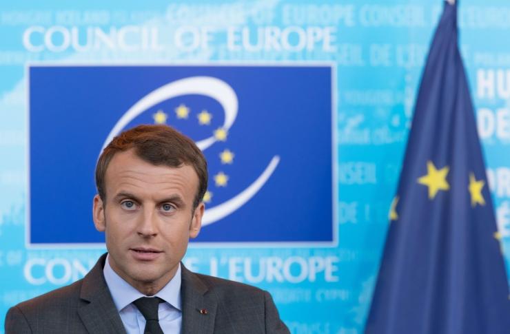 Prantsuse president tühistas kaks aastat kehtinud eriolukorra