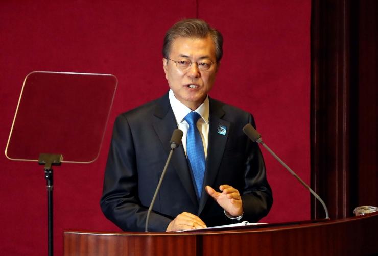 Lõuna-Korea president välistas tuumarelvade väljatöötamise