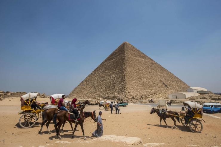 Teadlased avastasid Cheopsi püramiidist reisilennuki suuruse tühimiku