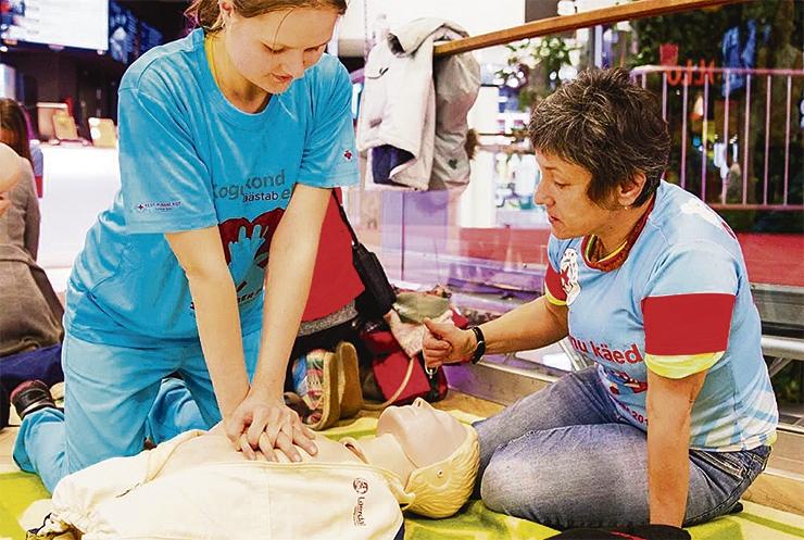 Tallinna Kiirabi soovib koolides elustamist õpetada