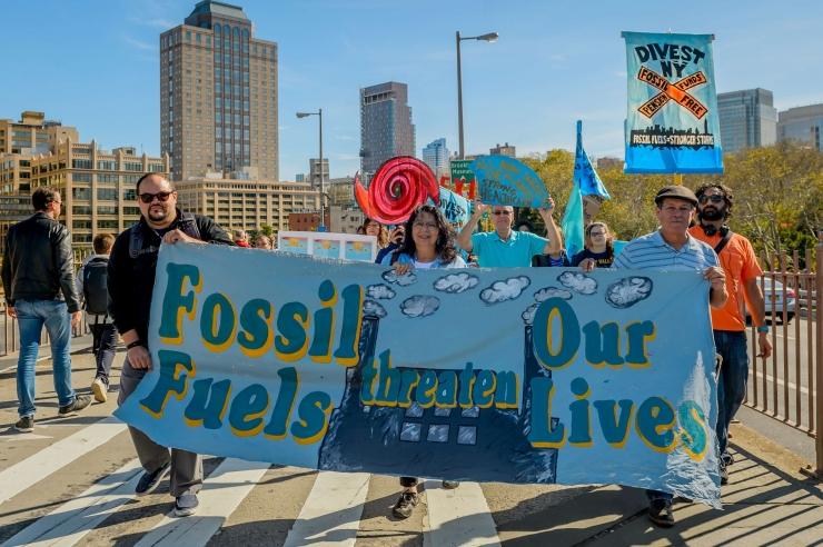 KES MÜÜB VIIMASE NAFTABARRELI? Kliimaliidriks saamine tähendab ka täielikku fossiilkütustest loobumist