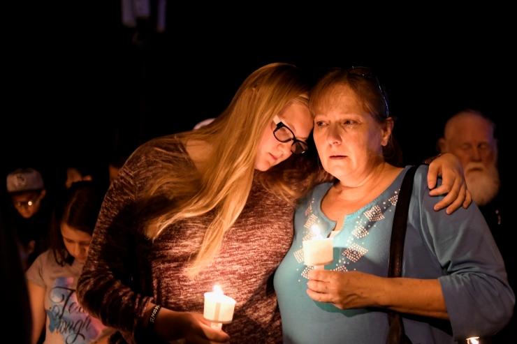 Texase tulistamises hukkus 26 inimest, Trumpi sõnul on probleem vaimses tervises, mitte relvades