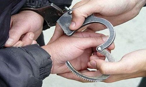 Politsei pidas Keilas kinni õhkrelva ja noaga noori ähvardanud mehe