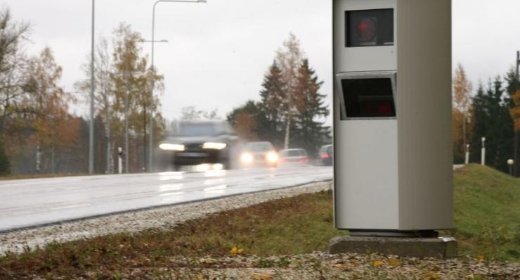 Kiiruskaamerad fikseerisid kümne kuuga 105 444 rikkumist