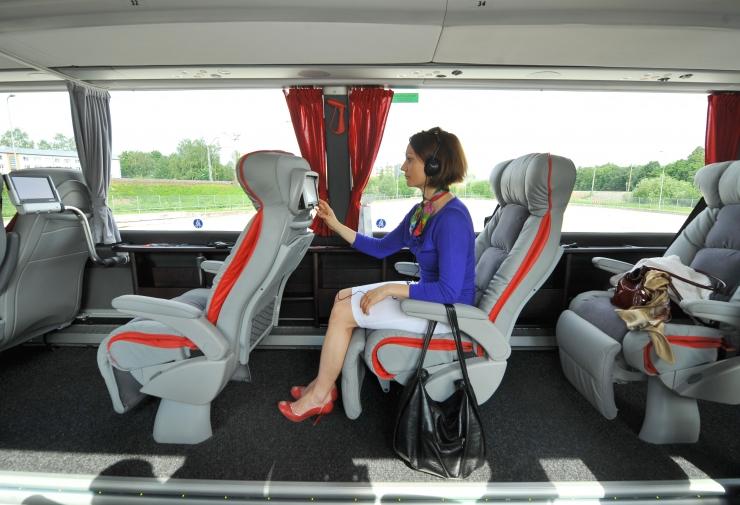 Pooled bussireisijad ei kinnita turvavööd